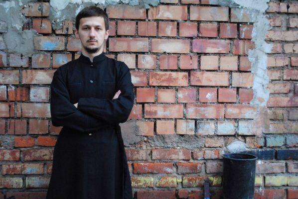 Православный священник о сериале «Молодой папа», феминизме и барбершопах